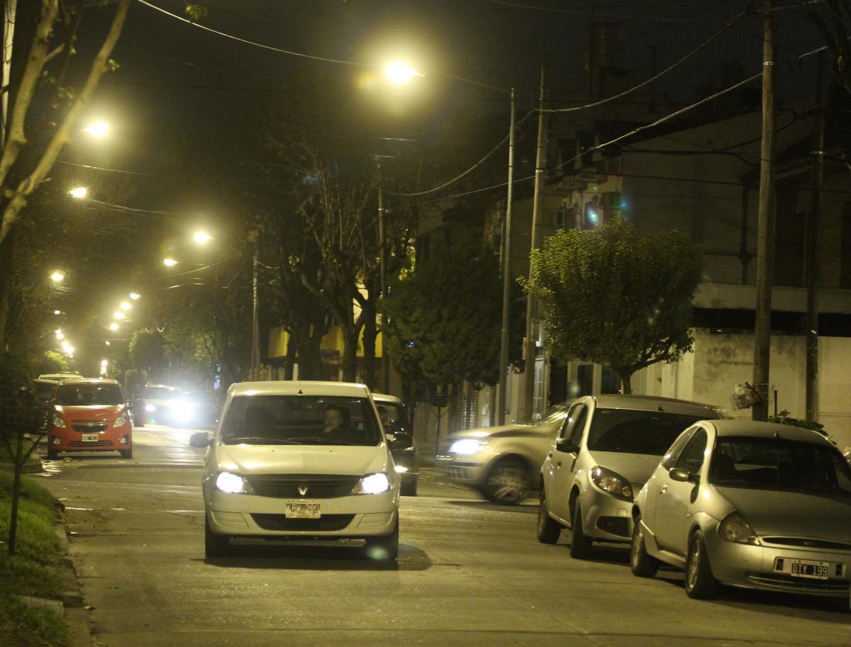 Más_calles_iluminadas_en_San_Martín