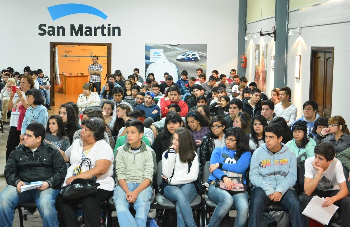 400_alumnos_de_San_Martín_participaron_de_una_jornada_de_ seguridad_vial