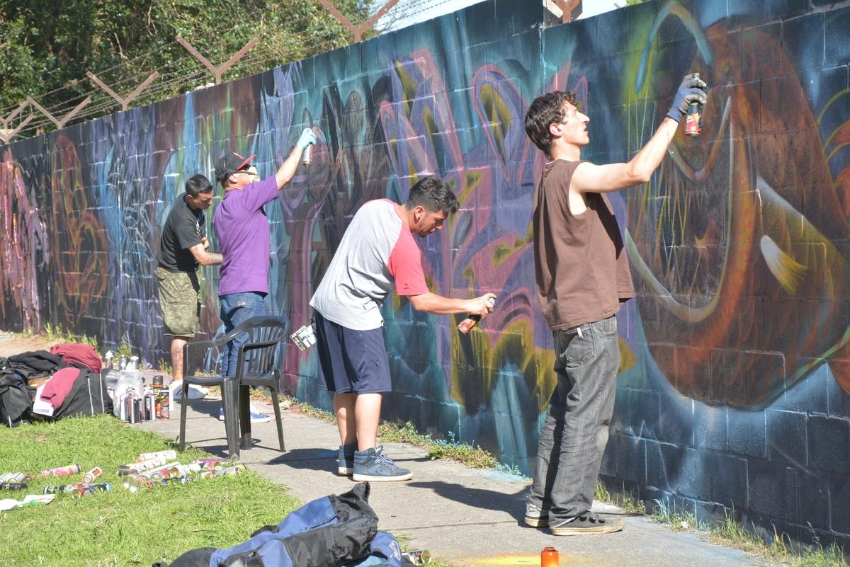 M+ís de 100 artistas participaron de San Mart+¡n Graffiti Exposici+¦n