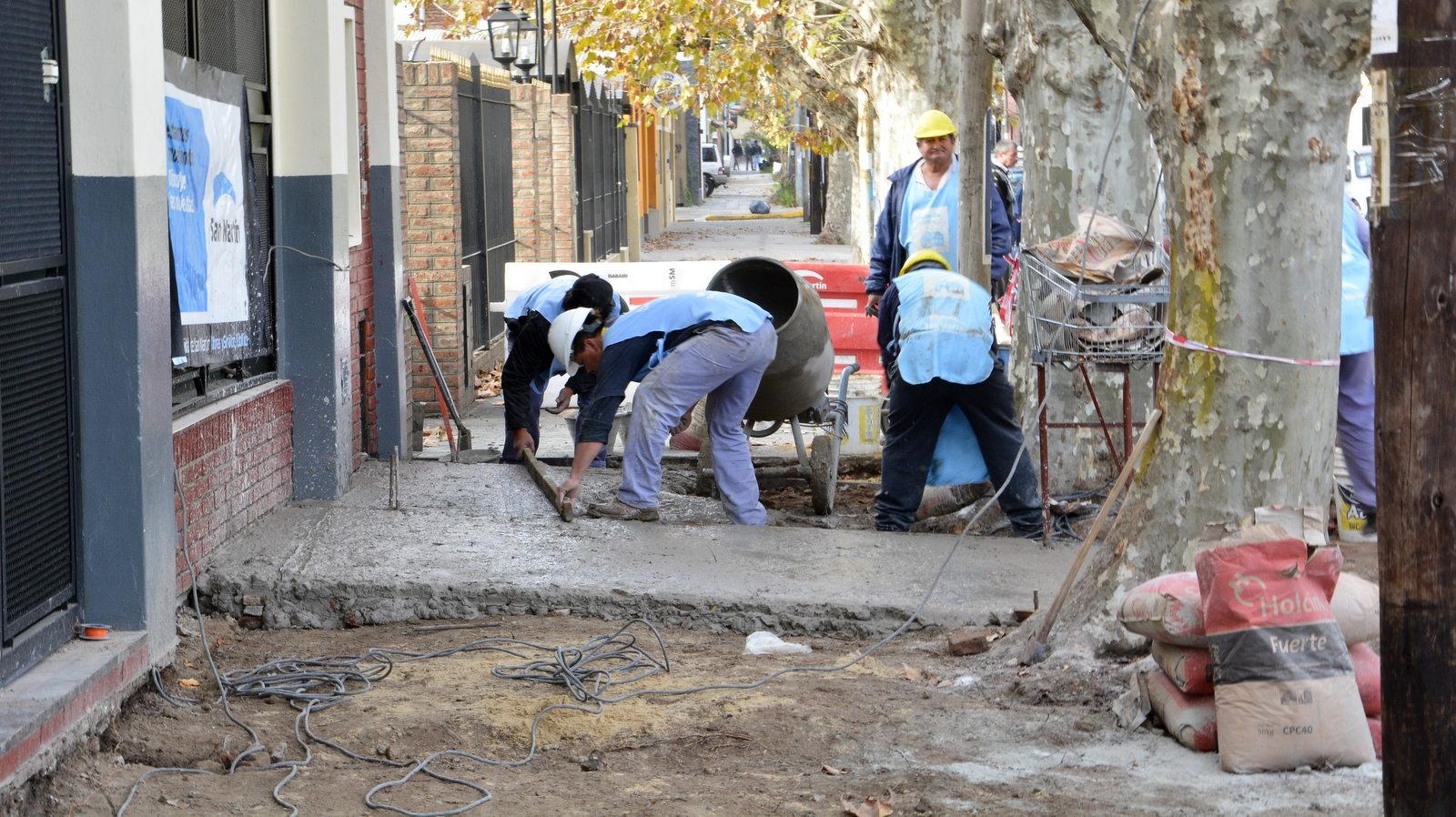 La tribuna katopodis supervis obras en el jard n n 910 for Jardin belen villa ballester